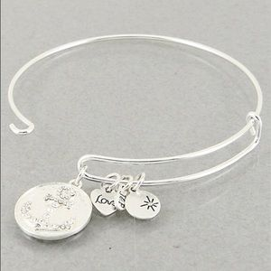 Jewelry - 4 for $25 Anchor love charm bangle